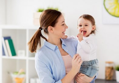 Come alleviare il dolore della dentizione: crescita denti nei bambini